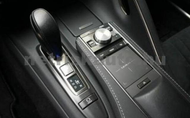 LC 500 személygépkocsi - 4969cm3 Benzin 105670 3/10
