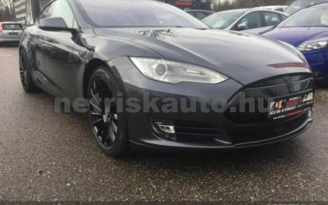 TESLA Model S személygépkocsi - 2000cm3 Kizárólag elektromos 39945 2/7