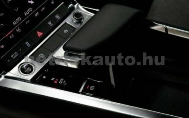 e-tron személygépkocsi - cm3 Kizárólag elektromos 104958 6/7