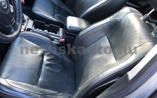 SUZUKI Grand Vitara 1.9 DDiS JLX-A ESP személygépkocsi - 1870cm3 Diesel 74300 9/12