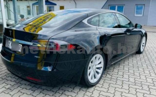 Model S személygépkocsi - cm3 Kizárólag elektromos 106222 3/10