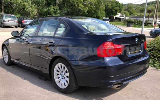 BMW 3-as sorozat 318i személygépkocsi - 1995cm3 Benzin 104542 10/12