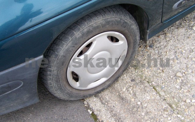 RENAULT Mégane 1.4 RN személygépkocsi - 1390cm3 Benzin 44623 6/10
