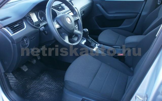 SKODA Octavia 1.6 CR TDI Ambition személygépkocsi - 1598cm3 Diesel 76900 6/10
