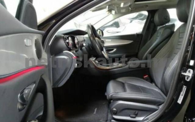 E 400 személygépkocsi - 2925cm3 Diesel 105867 4/12