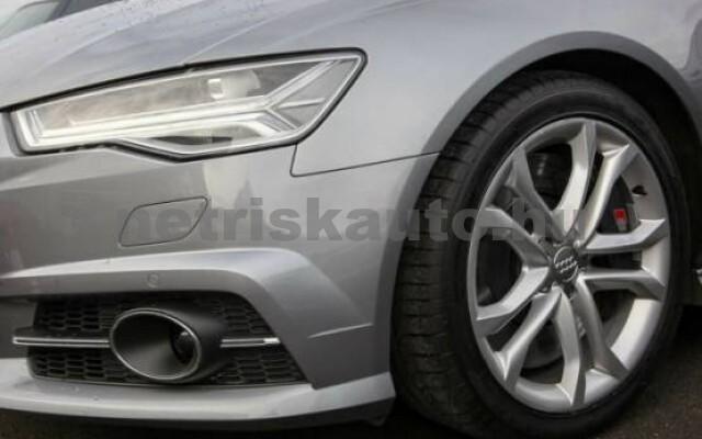 AUDI S6 4.0 V8 TFSI quattro S-tronic személygépkocsi - 3993cm3 Benzin 42528 3/7