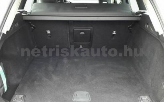 XC60 személygépkocsi - 1969cm3 Diesel 106443 3/11