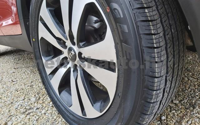 KIA Sportage 2.0 CRDi EX 4x4 Aut. személygépkocsi - 1995cm3 Diesel 22478 11/12