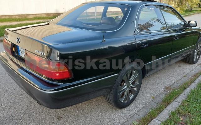 LEXUS ES személygépkocsi - 2995cm3 Benzin 98270 8/27