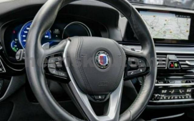 550 személygépkocsi - 4395cm3 Benzin 105128 7/10
