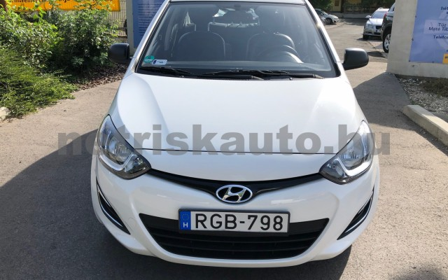 HYUNDAI i20 1.25 Color limited edition személygépkocsi - 1248cm3 Benzin 100512 7/12