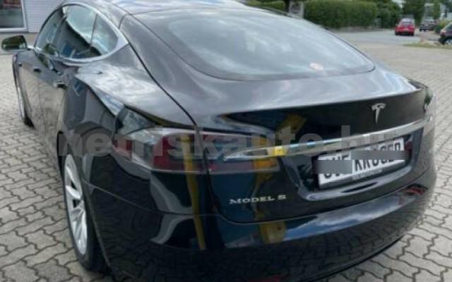 Model S személygépkocsi - cm3 Kizárólag elektromos 106222 2/10