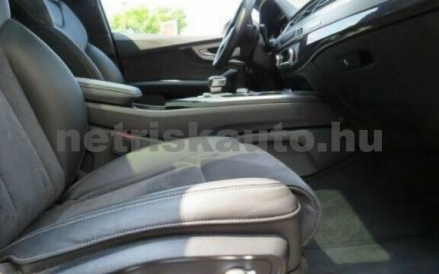 SQ7 személygépkocsi - 3956cm3 Diesel 104911 4/11