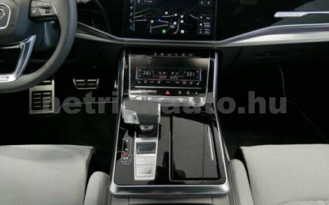 RSQ8 személygépkocsi - 3996cm3 Benzin 104861 8/10