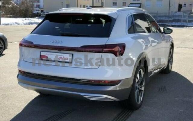 AUDI e-tron személygépkocsi - 2000cm3 Kizárólag elektromos 42575 2/7