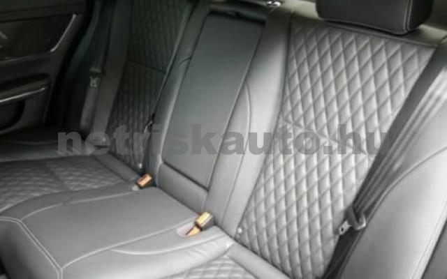 XJ személygépkocsi - 2993cm3 Diesel 105458 10/12