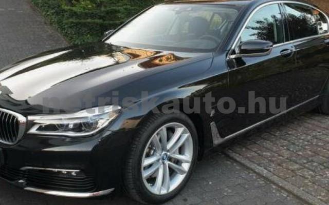 BMW 740 személygépkocsi - 1998cm3 Hybrid 105167 7/12