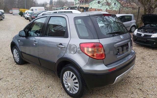 FIAT Sedici 1.6 16V 4x4 Emotion személygépkocsi - 1586cm3 Benzin 22498 7/12