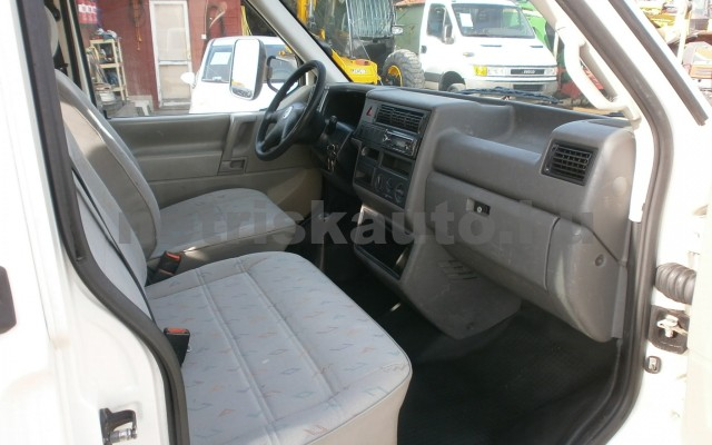 VW Transporter 2.5 7DM 1T2 tehergépkocsi 3,5t össztömegig - 2461cm3 Diesel 20048 8/9