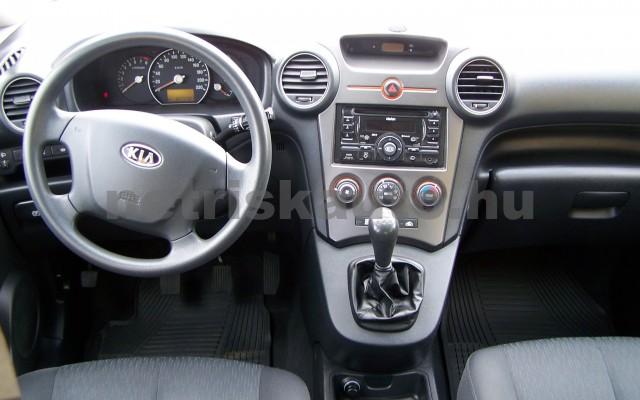 KIA Carens 2.0 EX személygépkocsi - 1998cm3 Benzin 27451 12/12
