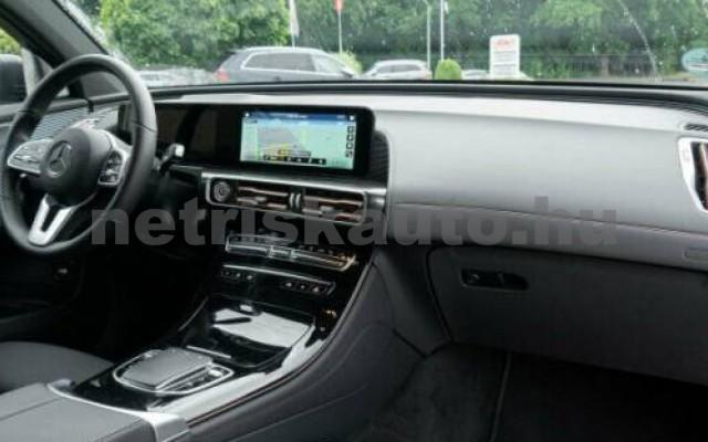 EQC személygépkocsi - cm3 Kizárólag elektromos 106101 6/10