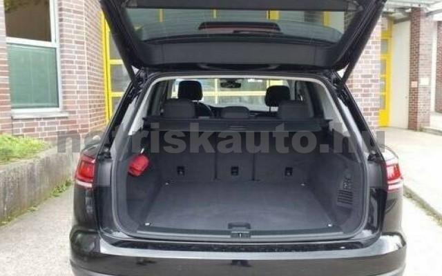 VW Touareg személygépkocsi - 2967cm3 Diesel 106383 4/5