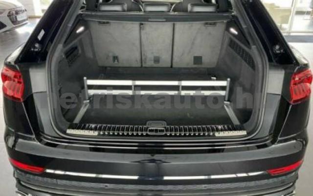AUDI SQ8 személygépkocsi - 3996cm3 Benzin 109673 3/12