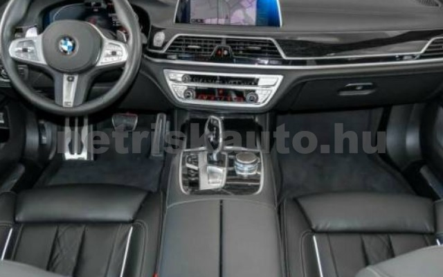 740 személygépkocsi - 2993cm3 Diesel 105192 8/12