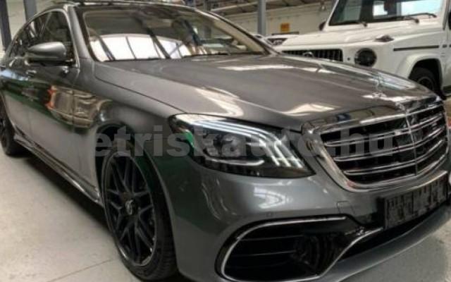 S 63 AMG személygépkocsi - 3982cm3 Benzin 106136 3/12