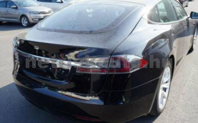 Model S személygépkocsi - cm3 Kizárólag elektromos 106214 4/9