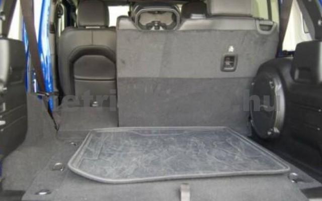Wrangler személygépkocsi - 1995cm3 Benzin 105510 6/11