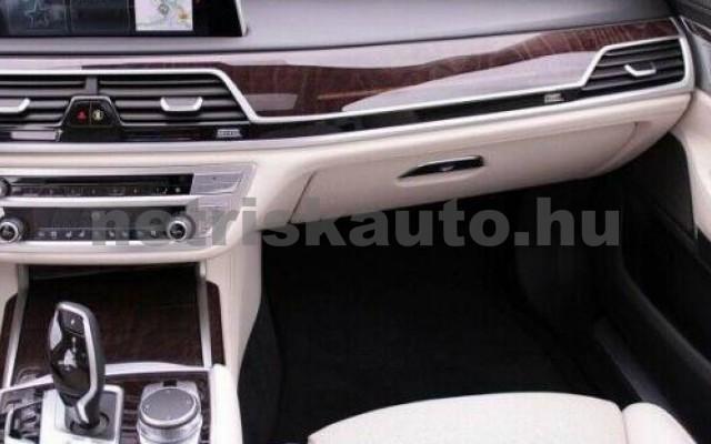 BMW 740 személygépkocsi - 1998cm3 Hybrid 109982 6/11