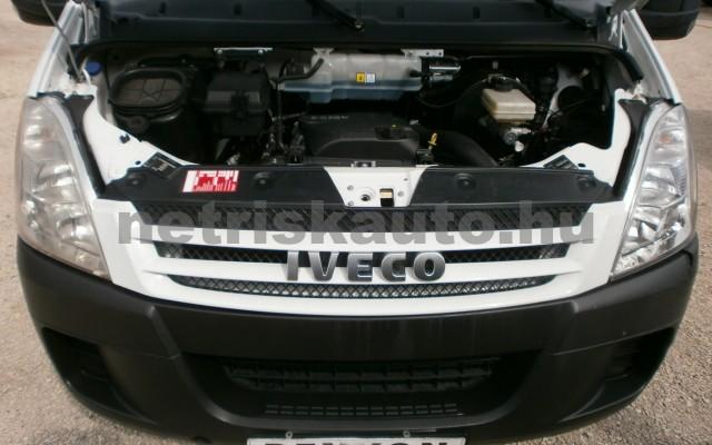 IVECO 40 DailyC15 3 FŐ+PLATÓ+PONYVA,KEVÉS KM tehergépkocsi 3,5t össztömegig - 2998cm3 Diesel 17064 6/8
