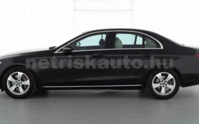 E 300 személygépkocsi - 1991cm3 Benzin 105842 7/7
