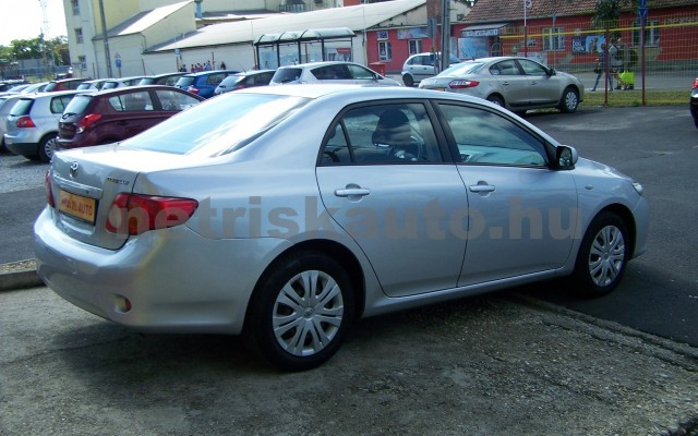 TOYOTA Corolla 1.4 Luna személygépkocsi - 1398cm3 Benzin 27466 4/12