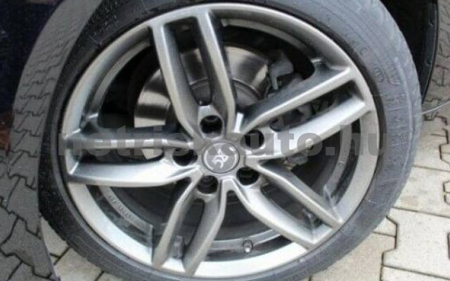 320 személygépkocsi - 1998cm3 Benzin 105052 11/11