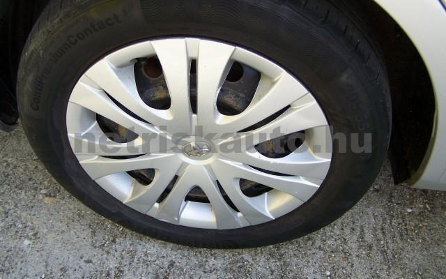 TOYOTA Corolla 1.4 Luna személygépkocsi - 1398cm3 Benzin 27466 12/12