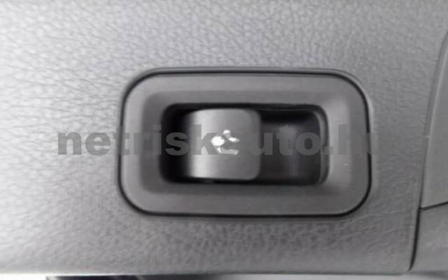 MERCEDES-BENZ GLB 250 személygépkocsi - 1991cm3 Benzin 105976 4/12