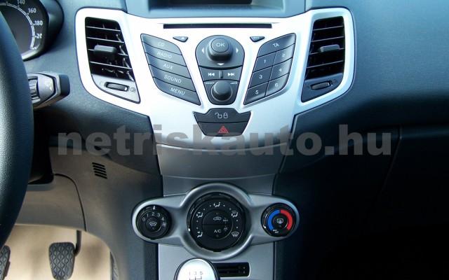 FORD Fiesta 1.25 Ambiente személygépkocsi - 1242cm3 Benzin 104520 10/12