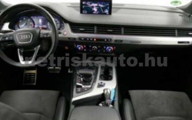 SQ7 személygépkocsi - 3956cm3 Diesel 104913 2/7