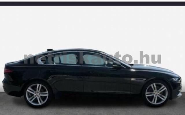 XE személygépkocsi - 1999cm3 Diesel 105454 4/9