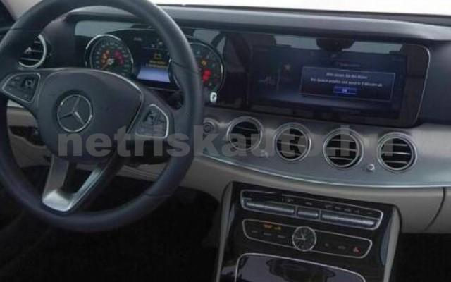 E 300 személygépkocsi - 1991cm3 Benzin 105842 5/7