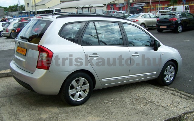 KIA Carens 2.0 EX személygépkocsi - 1998cm3 Benzin 27451 4/12