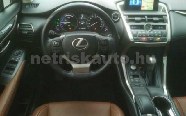 LEXUS NX 300 személygépkocsi - 2494cm3 Hybrid 43513 6/7