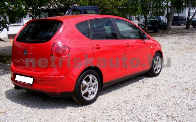 SEAT Altea 2.0 FSI Stylance személygépkocsi - 1984cm3 Benzin 44649 4/12
