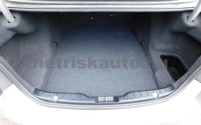 BMW 5-ös sorozat 520d személygépkocsi - 1995cm3 Diesel 29265 11/12