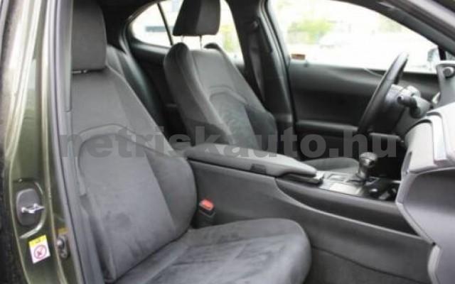 LEXUS UX személygépkocsi - 1987cm3 Benzin 105638 8/12