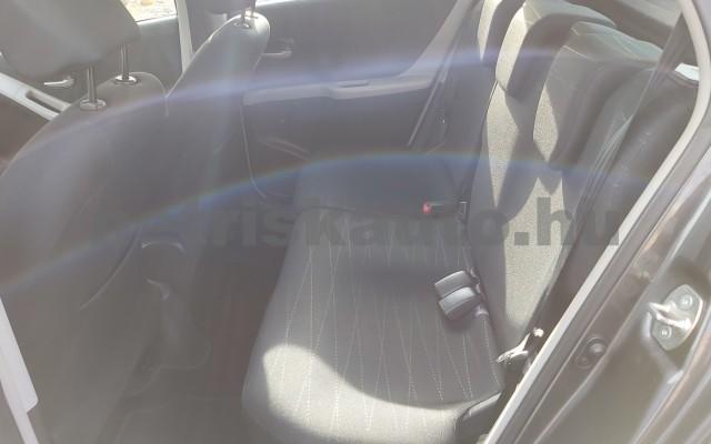 TOYOTA Yaris 1.3 Sol Ice személygépkocsi - 1296cm3 Benzin 52550 9/12