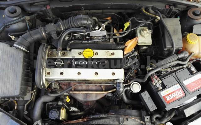 OPEL Vectra OPEL VECTRA B Caravan 2.0 16V CDX  személygépkocsi - 1998cm3 Benzin 37548 6/6