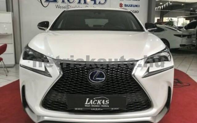 LEXUS NX 300 személygépkocsi - 2494cm3 Hybrid 43514 2/7